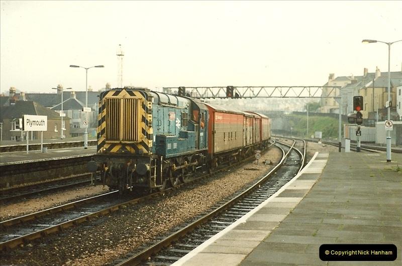 1989-10-27 Plymouth, Devon.  (13)0593
