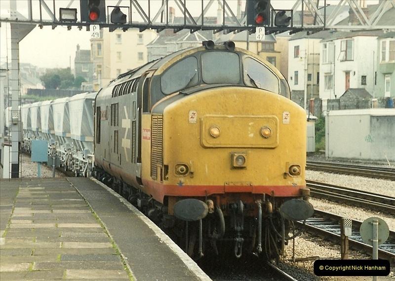 1989-10-27 Plymouth, Devon.  (17)0597