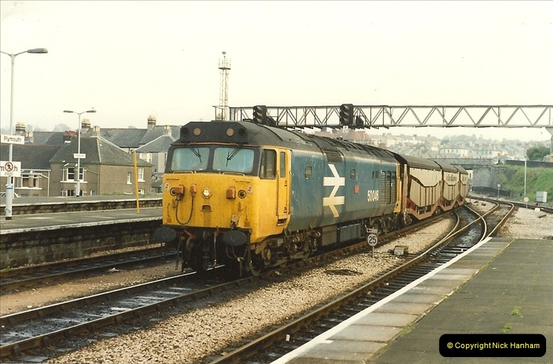 1989-10-27 Plymouth, Devon.  (19)0599