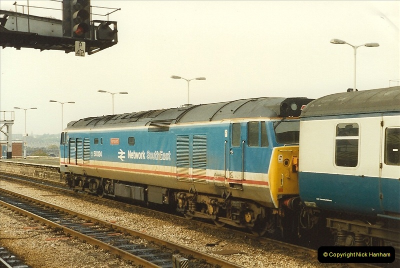 1989-10-27 Plymouth, Devon.  (22)0602
