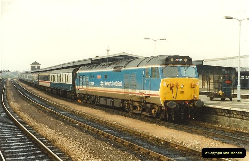1989-10-27 Plymouth, Devon.  (23)0603