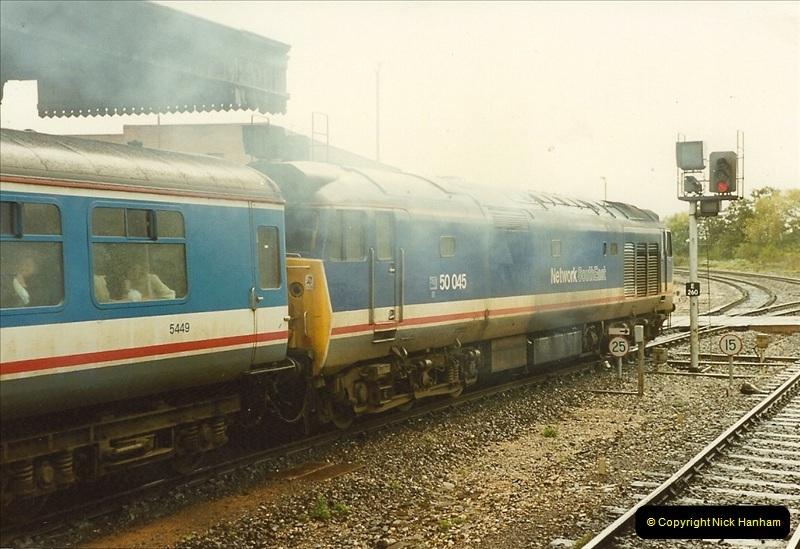 1989-10-28 Exeter St. Davids, Exeter, Devon.  (18)0621