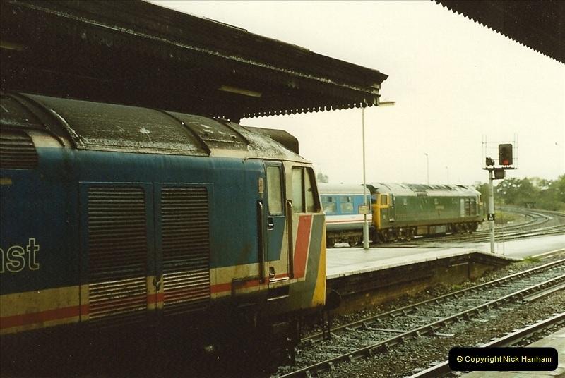 1989-10-28 Exeter St. Davids, Exeter, Devon.  (34)0637
