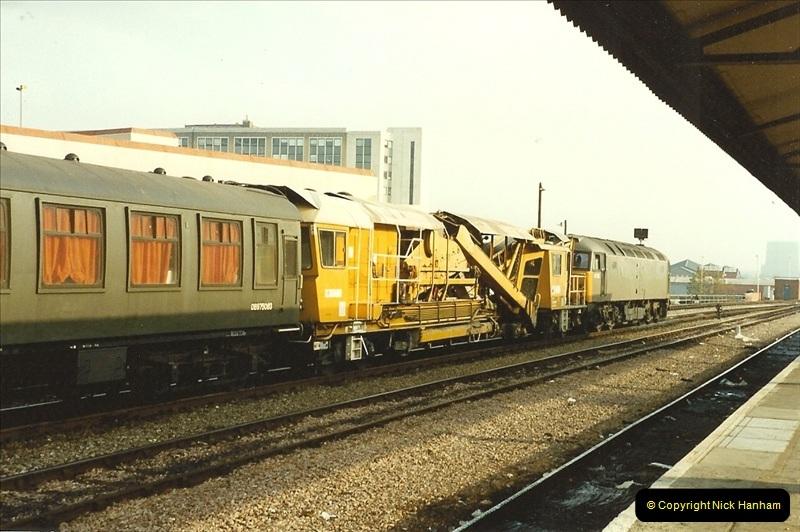 1989-11-18 Reading, Berkshire.  (2)0663