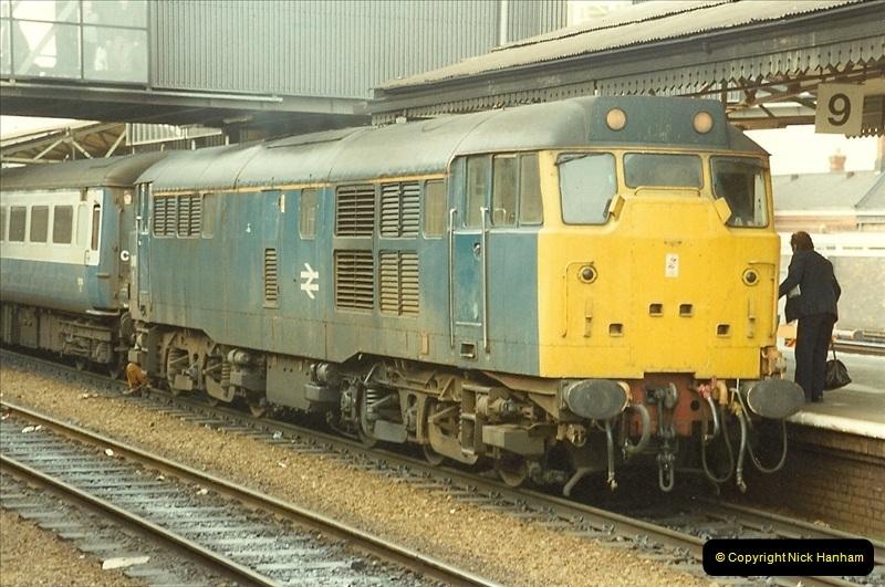 1990-01-04 Reading, Berkshire.  (1)0678