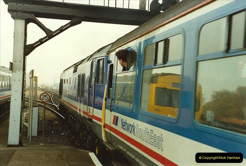 1990-01-04 Reading, Berkshire.  (3)0680