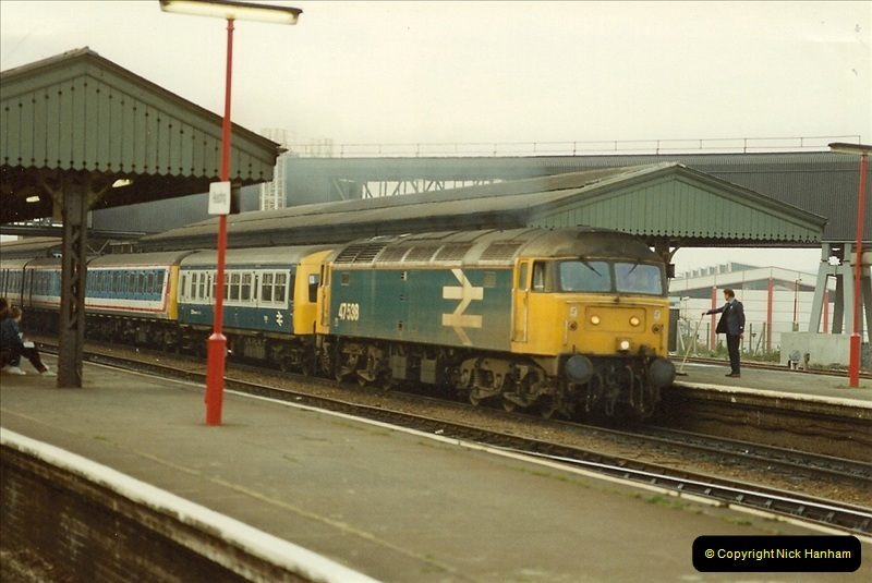 1990-01-04 Reading, Berkshire.  (10)0687