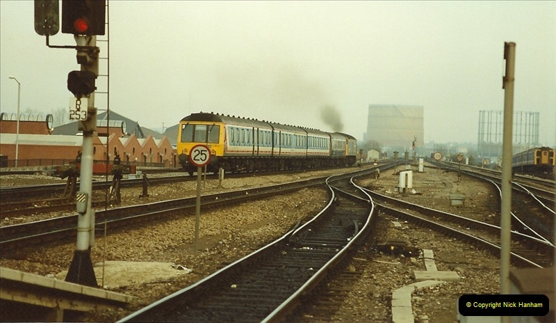 1990-01-04 Reading, Berkshire.  (12)0689
