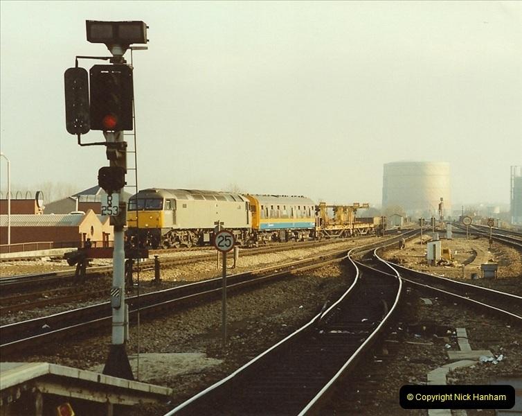 1990-01-04 Reading, Berkshire.  (18)0695