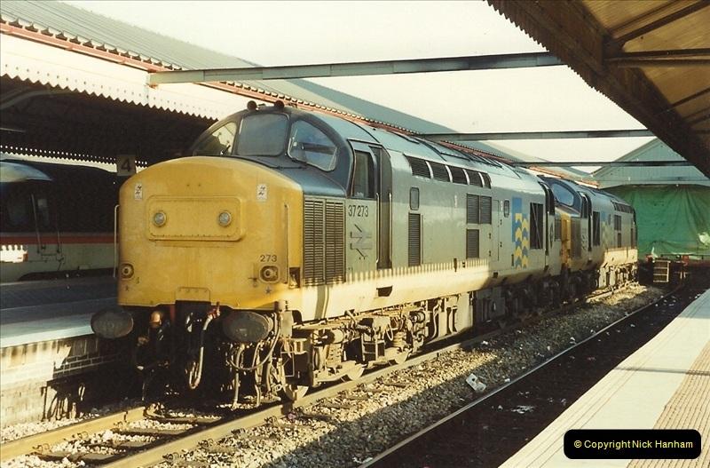 1990-01-04 Reading, Berkshire.  (23)0700