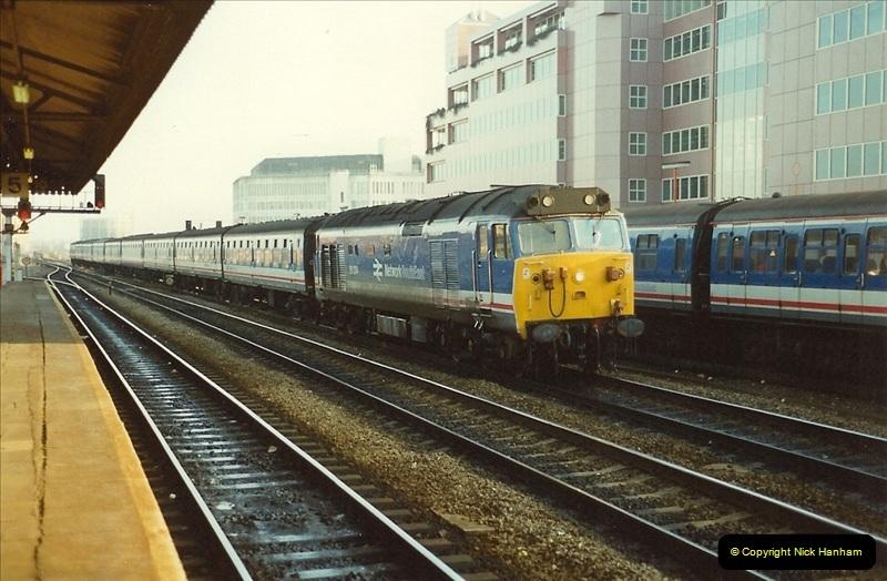 1990-01-04 Reading, Berkshire.  (26)0703