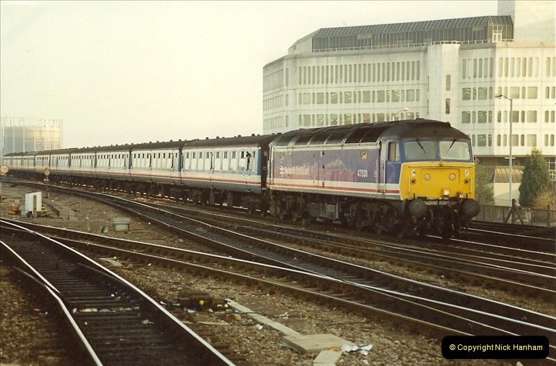 1990-01-04 Reading, Berkshire.  (30)0707