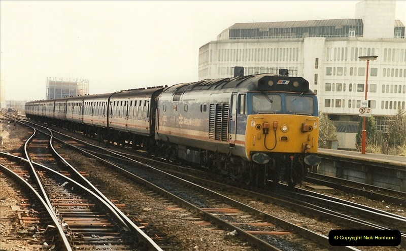 1990-03-03 Reading, Berkshire.  (7)0733
