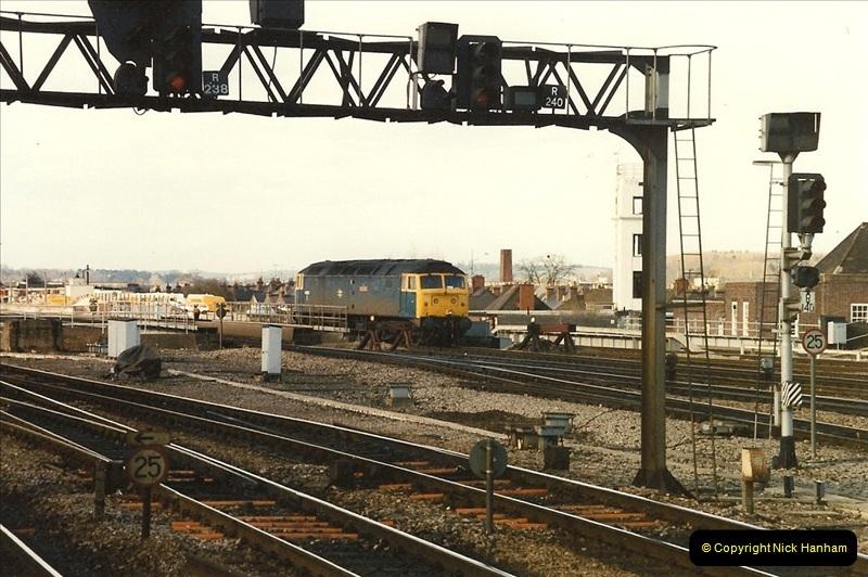 1990-03-03 Reading, Berkshire.  (12)0738