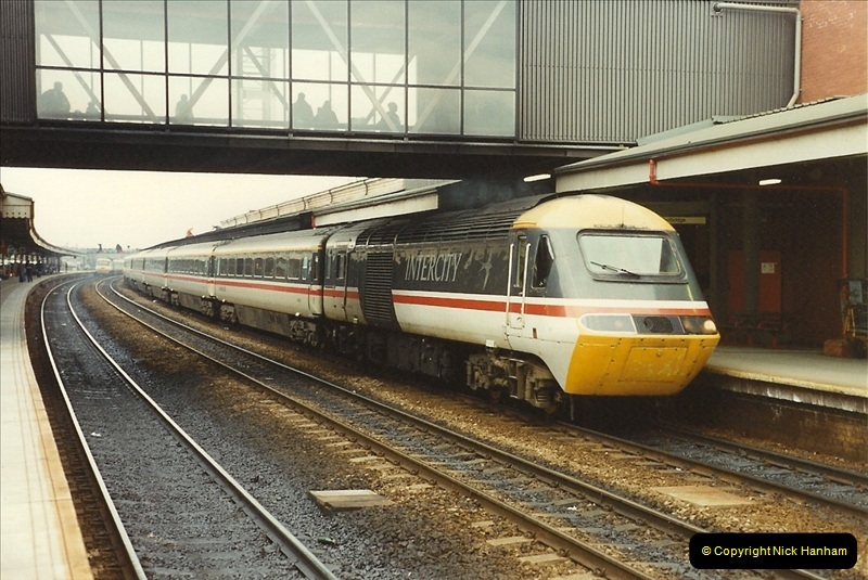 1990-03-03 Reading, Berkshire. (30)0756