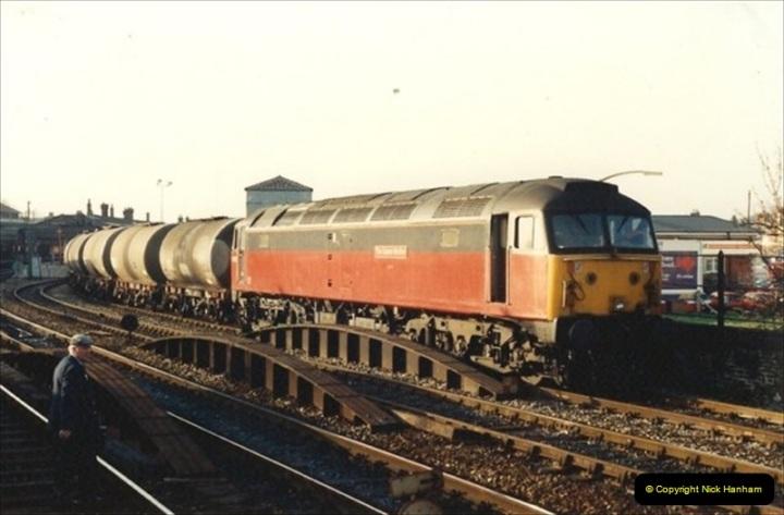 1992-01-06 Salisbury station, Salisbury, Wiltshire.  (4)223