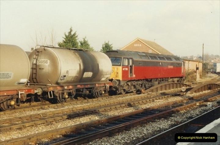 1992-01-06 Salisbury station, Salisbury, Wiltshire.  (5)224