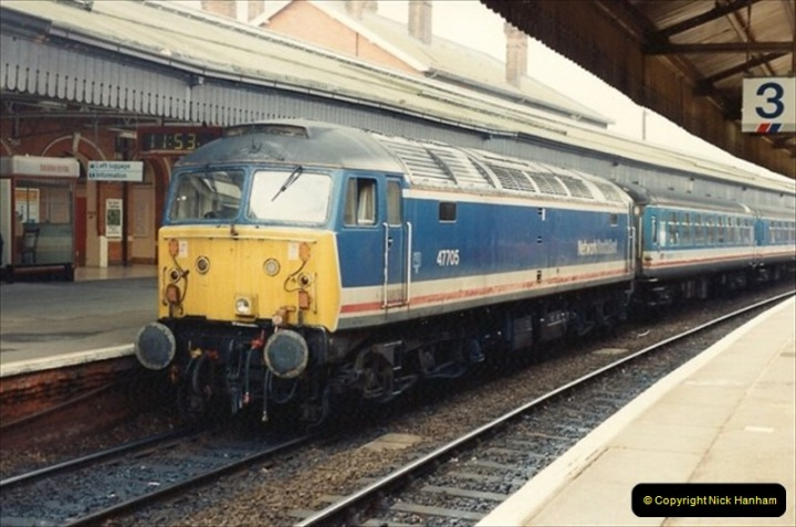 1992-01-06 Salisbury station, Salisbury, Wiltshire.  (10)229