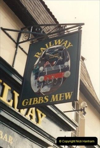 1992-01-06 Salisbury station, Salisbury, Wiltshire.  (15)234