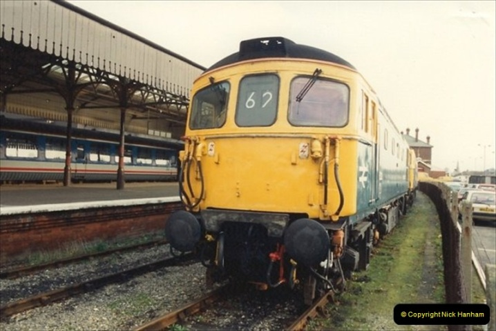 1992-01-06 Salisbury station, Salisbury, Wiltshire.  (29)248