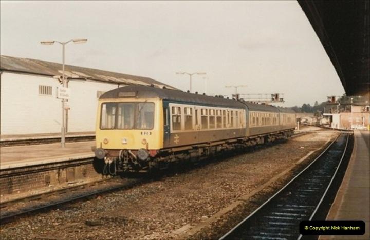 1992-02-15 Exeter St. Davids. Exeter, Devon.  (1)261
