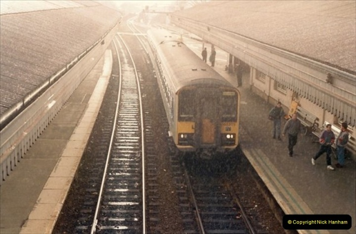 1992-02-15 Exeter St. Davids. Exeter, Devon.  (13)273