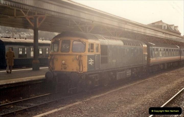 1992-02-15 Exeter St. Davids. Exeter, Devon.  (25)285