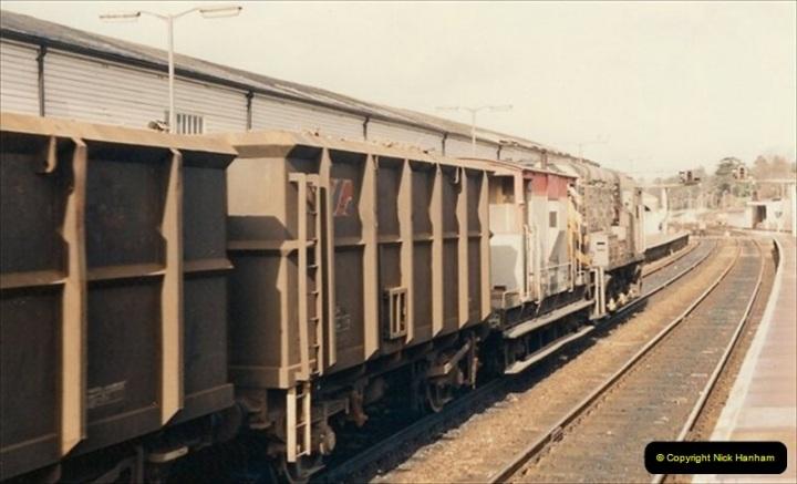 1992-02-15 Exeter St. Davids. Exeter, Devon.  (32)292