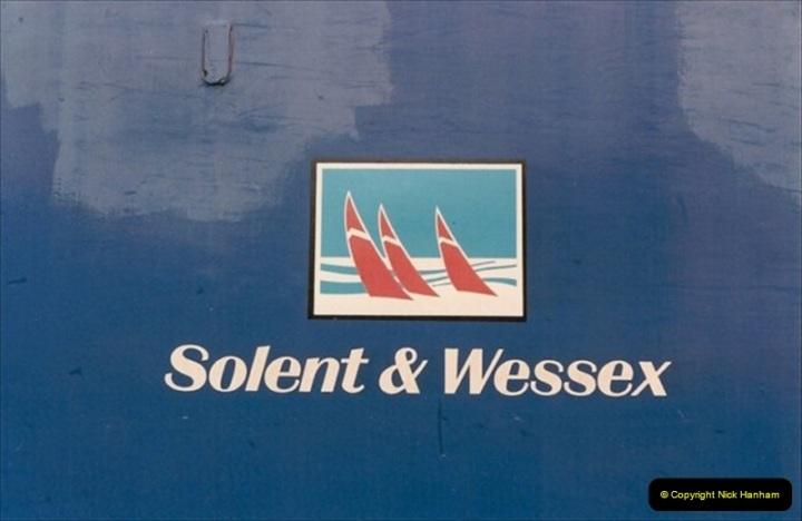 1992-02-29 Salisbury station, Salisbury, Wiltshire.  (3)300