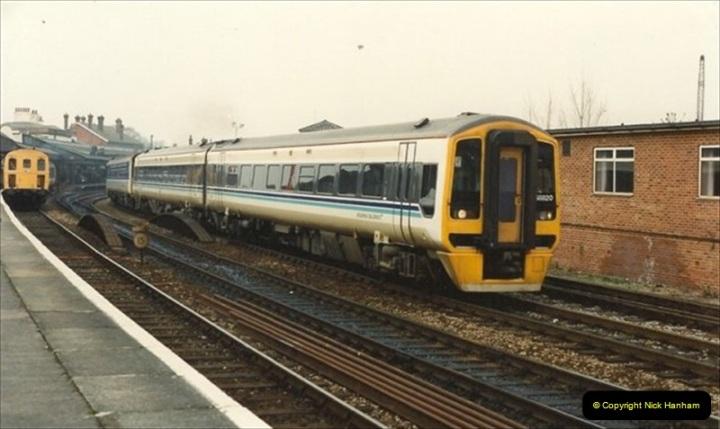 1992-02-29 Salisbury station, Salisbury, Wiltshire.  (9)306