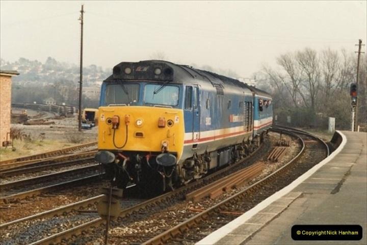 1992-02-29 Salisbury station, Salisbury, Wiltshire.  (20)317