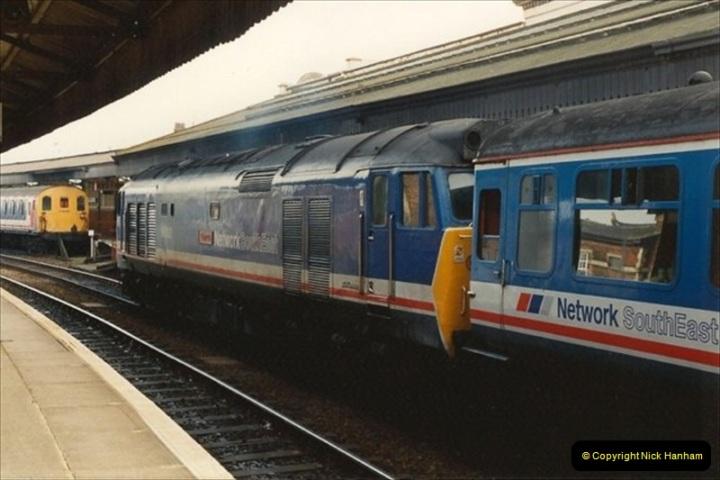 1992-02-29 Salisbury station, Salisbury, Wiltshire.  (23)320