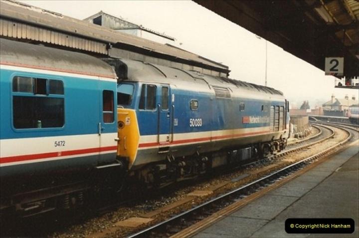 1992-02-29 Salisbury station, Salisbury, Wiltshire.  (27)324