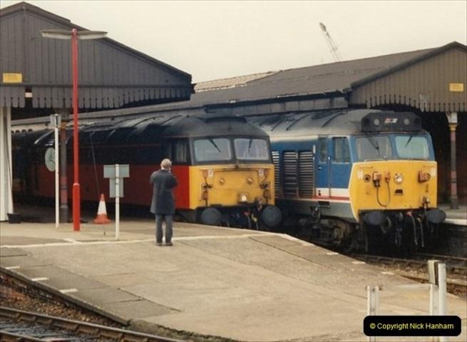 1992-02-29 Salisbury station, Salisbury, Wiltshire.  (36)333