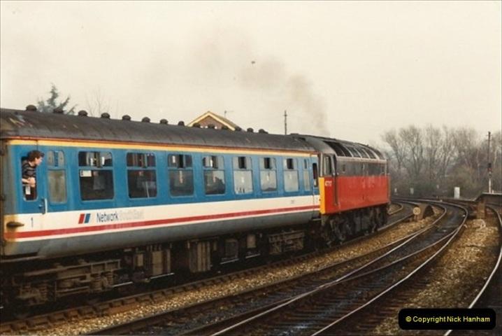 1992-02-29 Salisbury station, Salisbury, Wiltshire.  (37)334