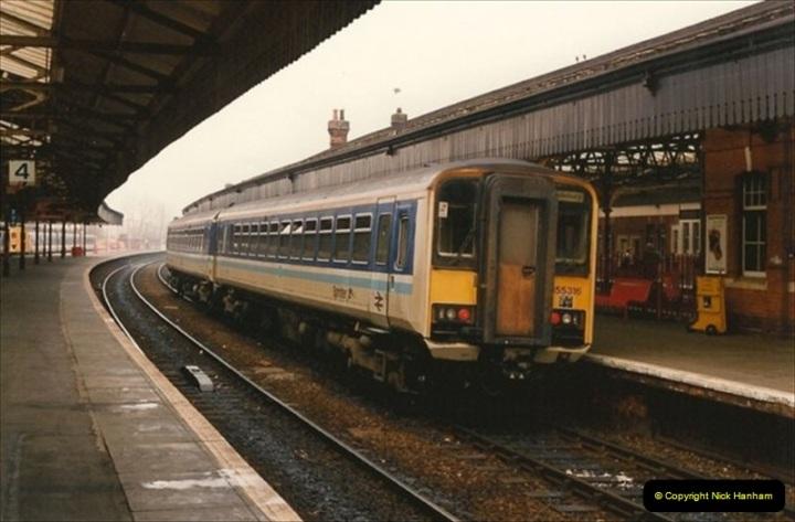 1992-02-29 Salisbury station, Salisbury, Wiltshire.  (66)363