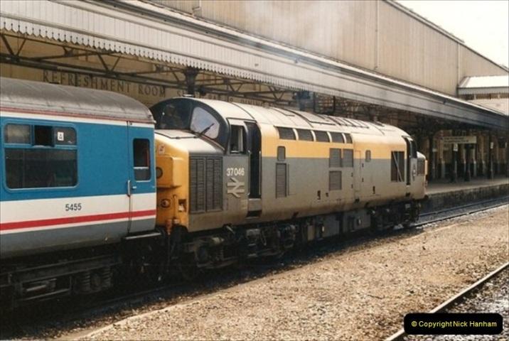 1992-04-26 Exeter, St. Davids, Exeter, Devon (3)393