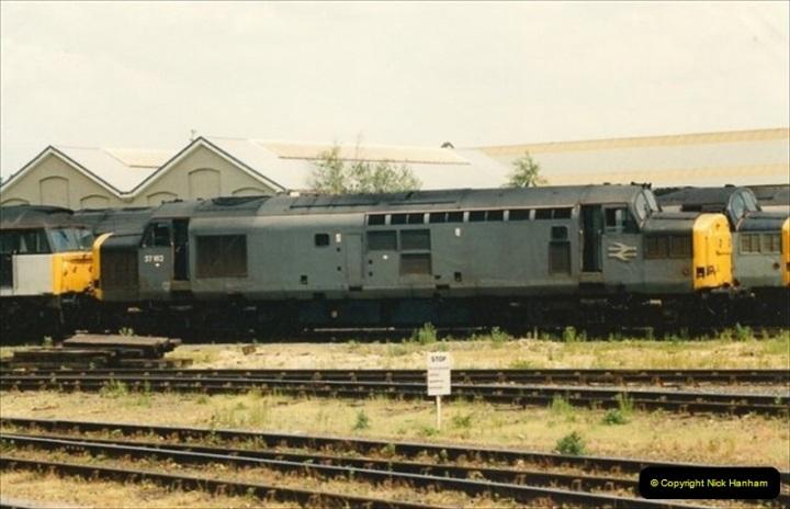 1992-05-25 Eastleigh, Hampshire.  (4)400