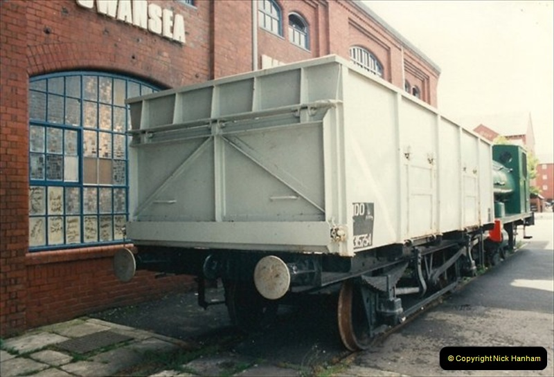 1992-07-17 Swansea Maratime Industrial Museum, Swansea, South Wales.  (2)472