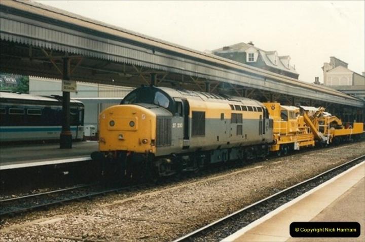 1992-07-23 Exeter station (St. Davids), Exeter,  Devon.  (13)543