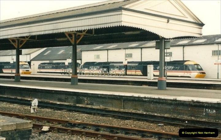 1992-07-23 Exeter station (St. Davids), Exeter,  Devon.  (33)563