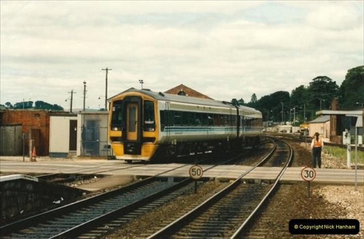 1992-07-23 Exeter station (St. Davids), Exeter,  Devon.  (35)565