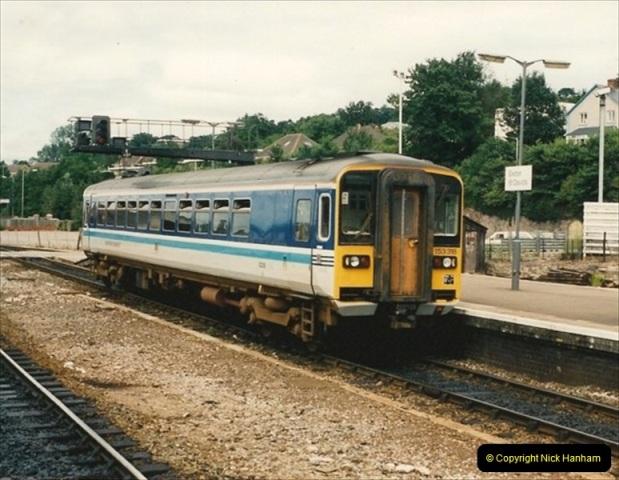 1992-07-23 Exeter station (St. Davids), Exeter,  Devon.  (36)566