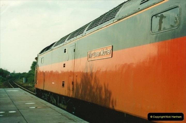 1992-10-05 Axminster, Devon.  (2)657