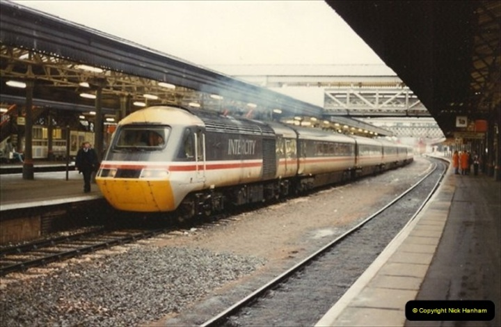 1992-11-21 Exeter St. Davids station, Exeter, Devon.  (5)664