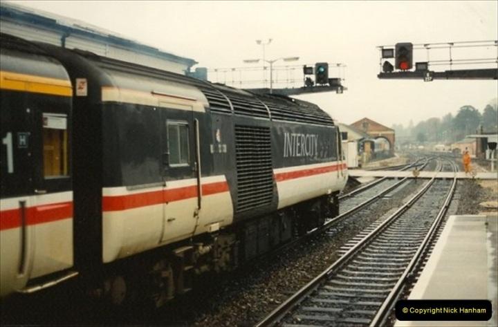 1992-11-21 Exeter St. Davids station, Exeter, Devon.  (7)666