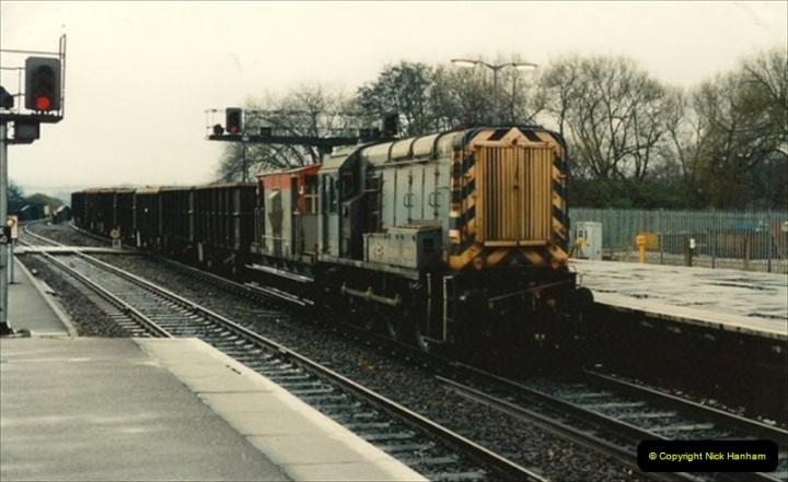 1992-11-21 Exeter St. Davids station, Exeter, Devon.  (9)668