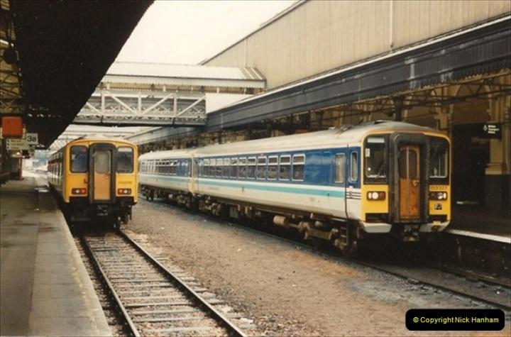 1992-11-21 Exeter St. Davids station, Exeter, Devon.  (12)671