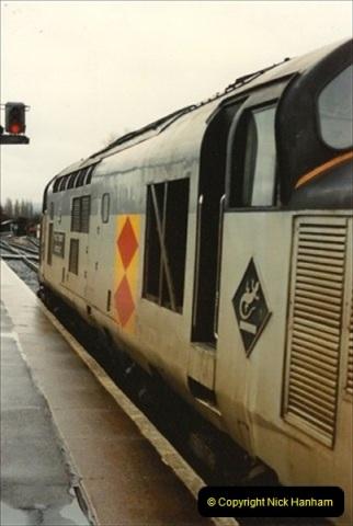 1992-11-21 Exeter St. Davids station, Exeter, Devon.  (20)679