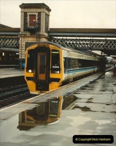 1992-11-21 Exeter St. Davids station, Exeter, Devon.  (26)685